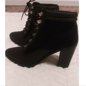 Pointed Toe Lace up Ankle Boots by Qupud size 8